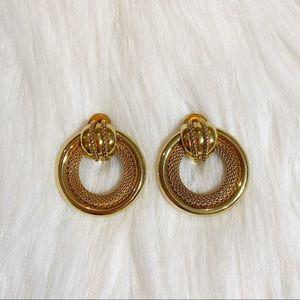 2/$25💞 vintage 'gold' door knocker earrings